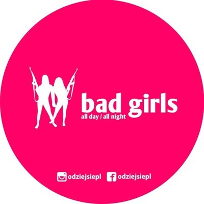 ODZIEJSIE WLEPKA BAD GIRLS PINK
