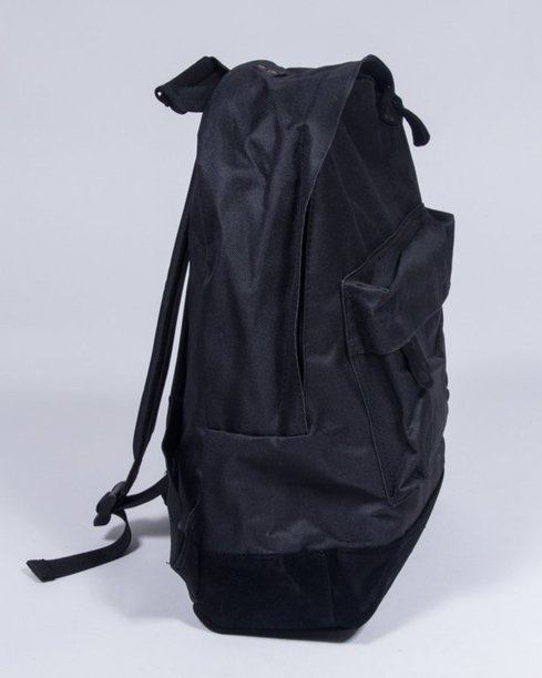 MI PAC BACKPACK CLASSIC ALL BLACK