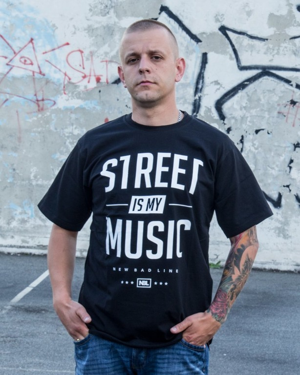 NEW BAD LINE T-SHIRT STREET BLACK