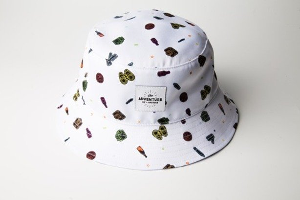 DIAMANTE WEAR BUCKET HAT ADVENTURE WHITE