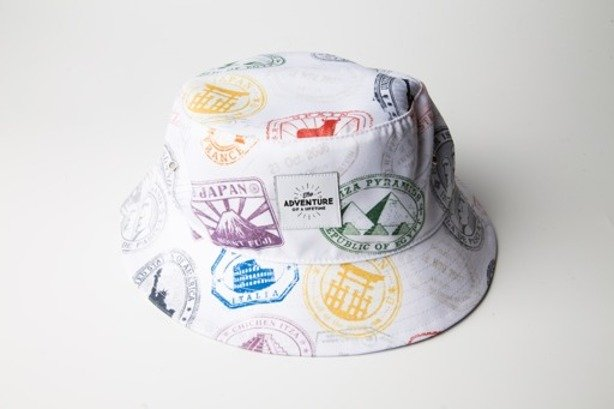 DIAMANTE WEAR BUCKET HAT STAMPS WHITE