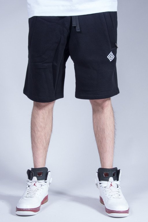 LABIRYNT SHORTS LOGO BLACK