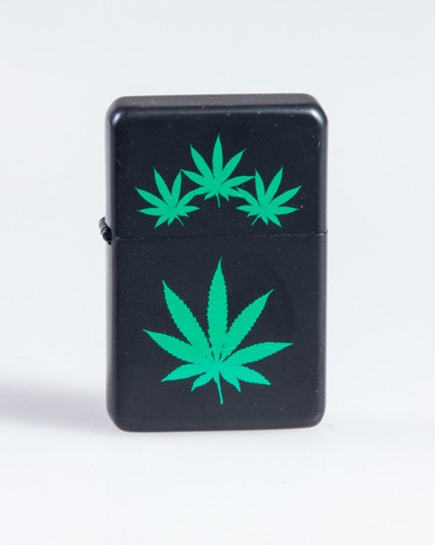 LIGHTER FOUR GANJA