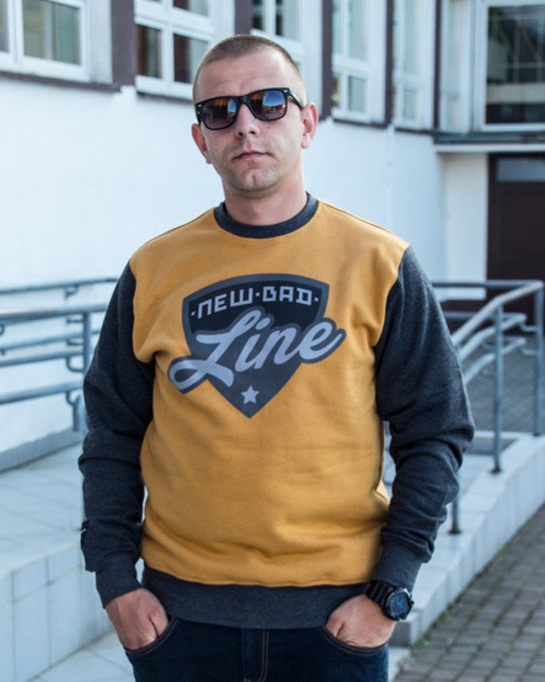 NEW BAD LINE CREWNECK SHIELD CAMEL