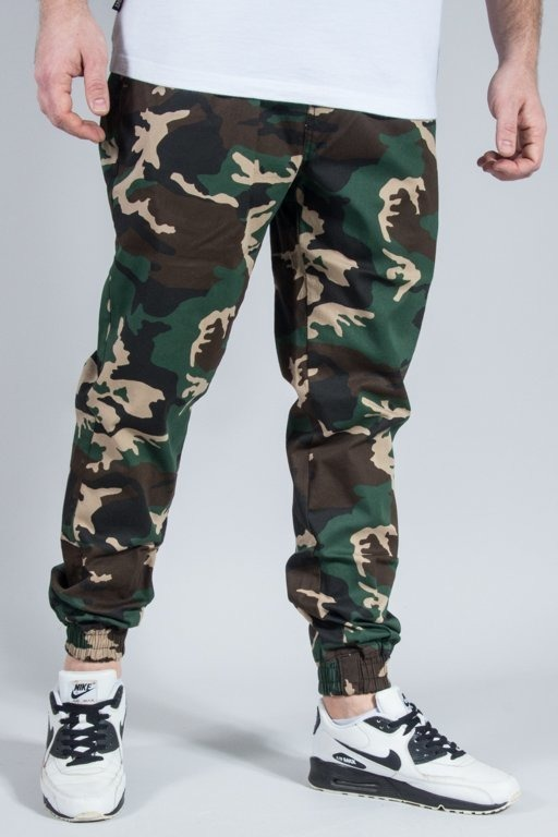 DIAMANTE WEAR PANTS CHINO JOGGER CLASSIC WOODLAND CAMO