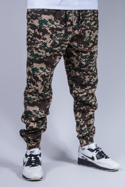 DIAMANTE WEAR SPODNIE CHINO JOGGER PIXEL GREEN CAMO
