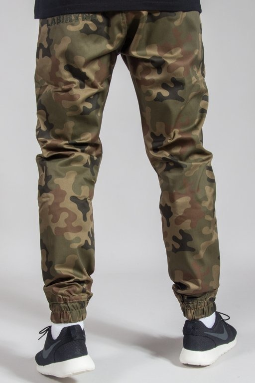 LABIRYNT PANTS CHINO JOGGER #5 GREEN CAMO