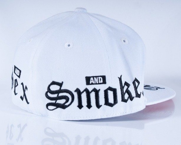 MASS CZAPKA FULLCAP ADDICT WHITE