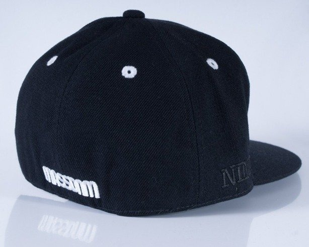 MASS CZAPKA FULLCAP BASE BLACK