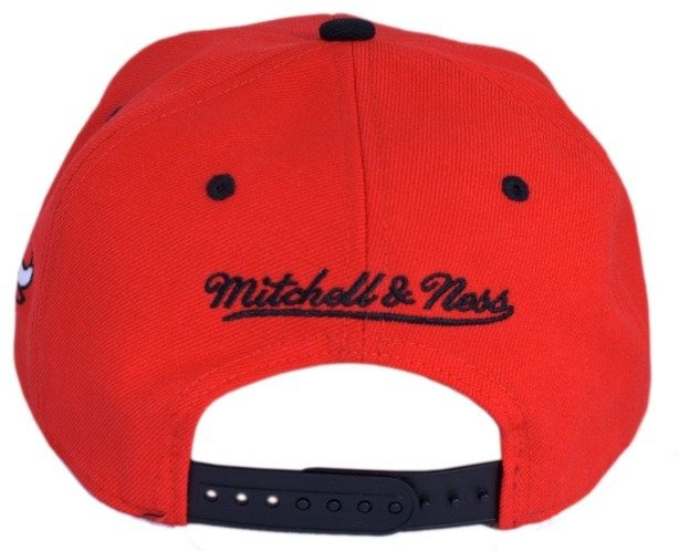 MITCHELL & NESS CZAPKA SNAPBACK CHICAGO BULLS RED