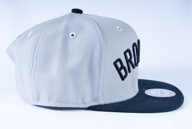 MITCHELL & NESS CZAPKA SNAPBACK GO52 BROOKLYN NETS