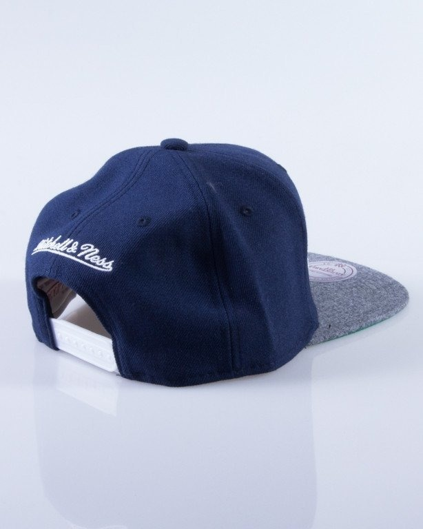 MITCHELL & NESS CZAPKA SNAPBACK NEW YORK KNICKS FLANNEL NAVY