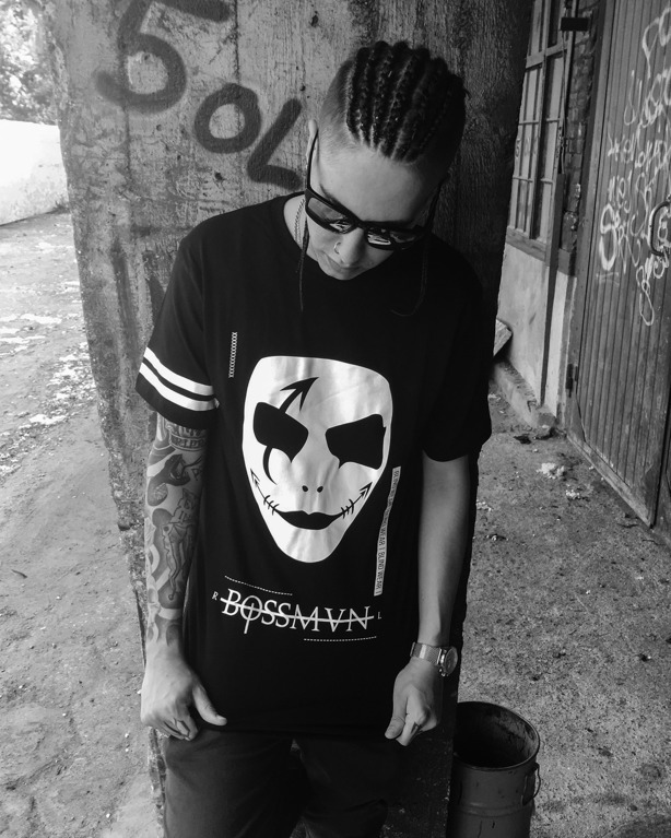 NBL x BLIND WEAR T-SHIRT BOSSMAN BLACK